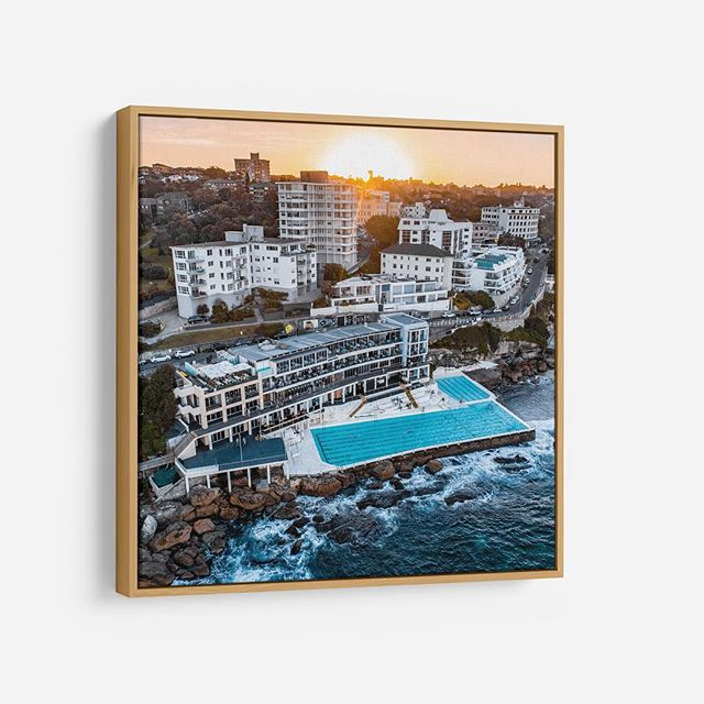 Bondi Icebergs Sunset ️ 🌞 🏔  Available as Fine Art Acrylic, Canvas & Paper Prints on www.kess.gallery 🏼 Link in Bio