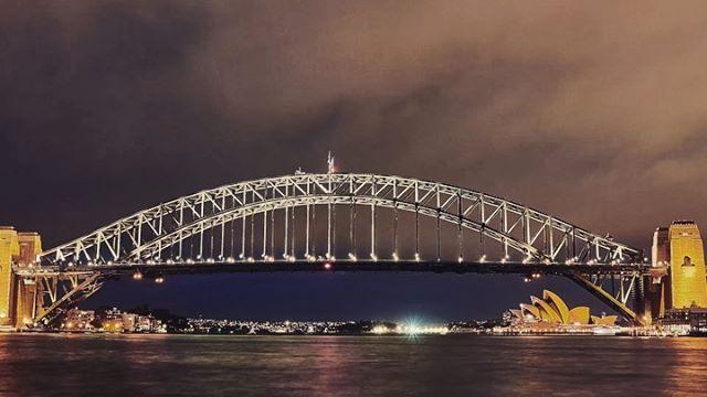Sydney Harbour Bridge Timelapse